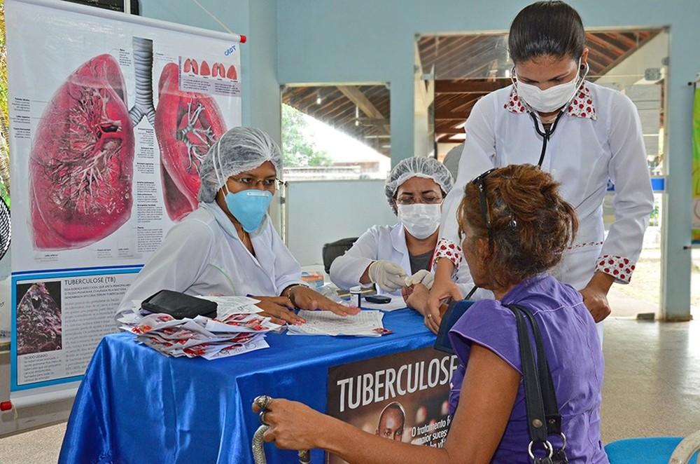 10% dos casos de tuberculose são de pessoas que abandonaram tratamento anterior, diz Ministério da Saúde